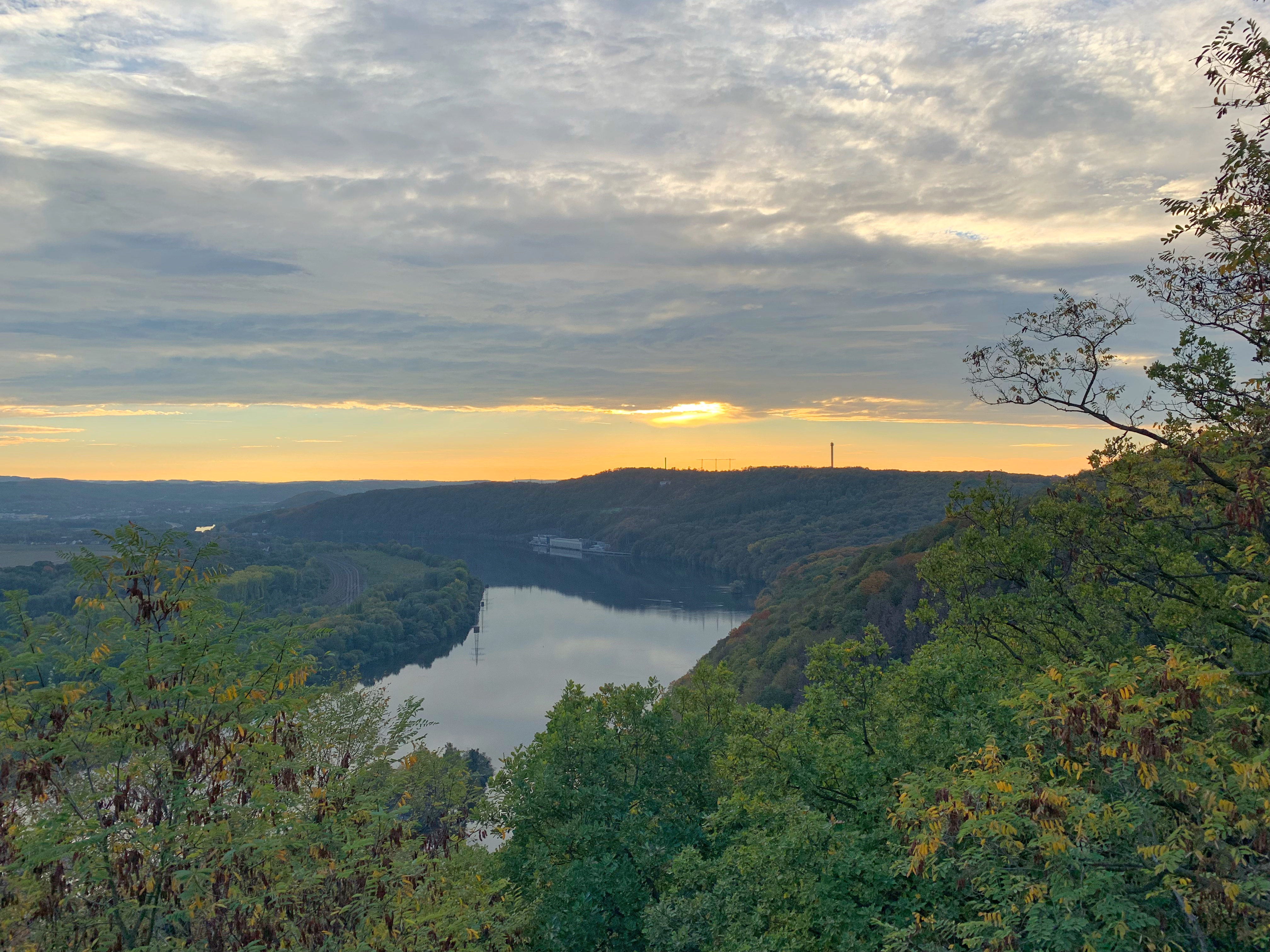 "Panorama view from the Hohensyburg of the lake ""Hengstey""."
